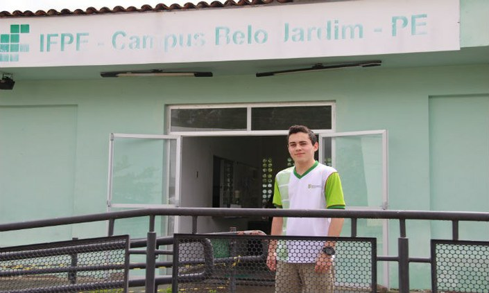 Estudante do IFPE Belo Jardim vence prêmio de redação da Nasa