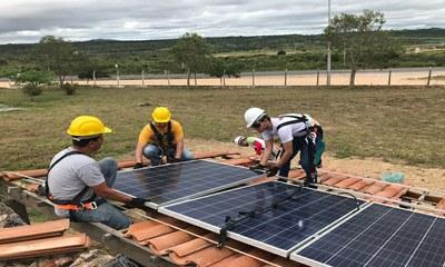 IFPE oferta curso em sistemas fotovoltaicos de energia solar
