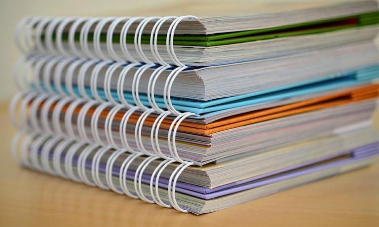 Cadernos ifpe.jpg