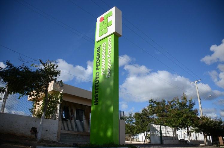 Campus Pesqueira.JPG