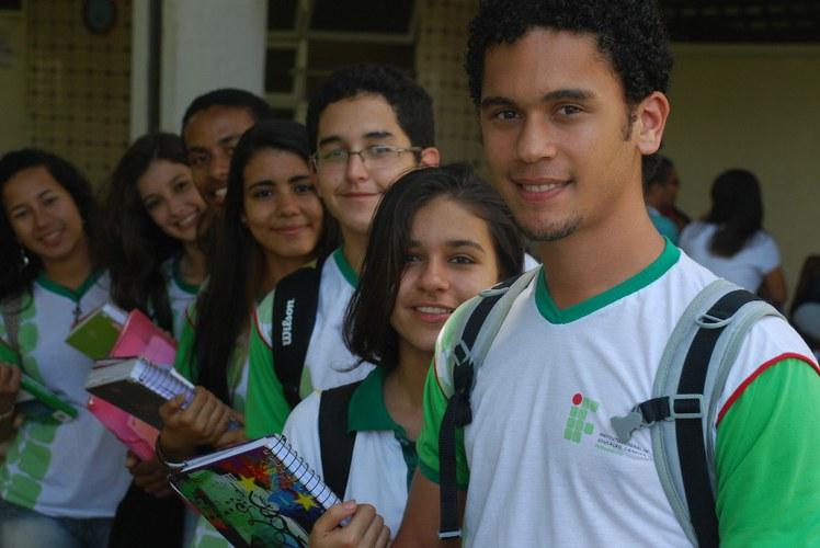 Estudantes Recife.JPG