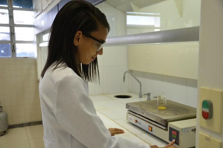 Laboratorio de Quimica Geral IV.jpg