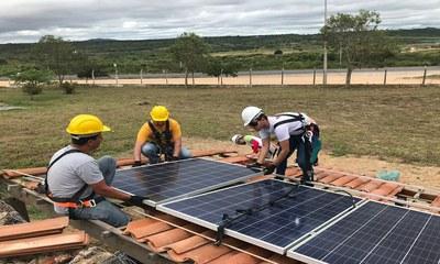Capacitação em sistemas fotovoltaicos do IFPE Pesqueira cria oportunidades no mercado de trabalho