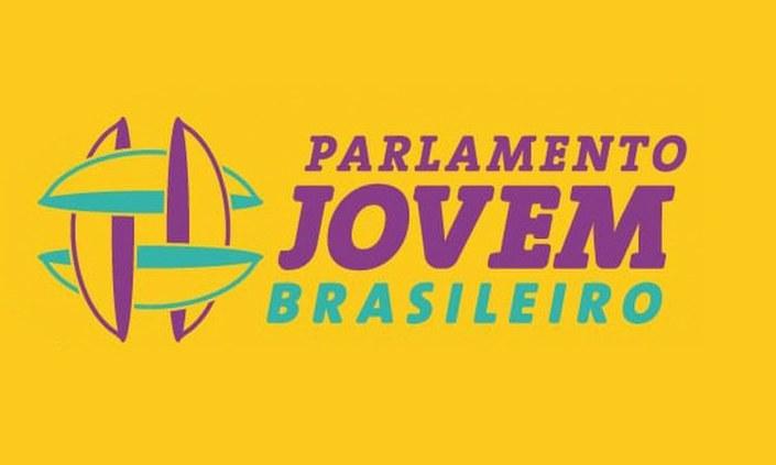 Estudante do IFPE é selecionada para Parlamento Jovem Brasileiro