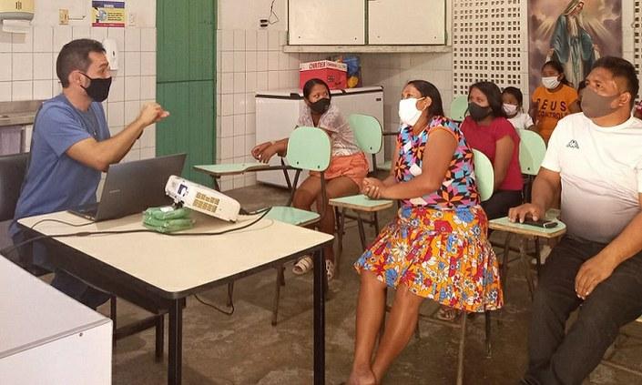 IFPE dá início ao curso de português para venezuelanos refugiados no Recife